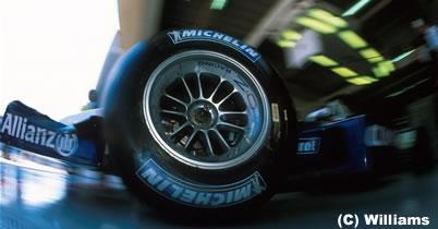 2011年のF1タイヤサプライヤーはミシュランかピレリに? thumbnail