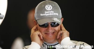 メルセデスGPのドライバー勢、シューマッハを擁護 thumbnail
