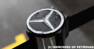 メルセデス、KERS供給価格を大幅値上げ thumbnail