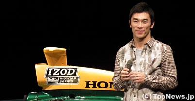 佐藤琢磨、ファンに誓う「来年も100%インディカーで」 thumbnail