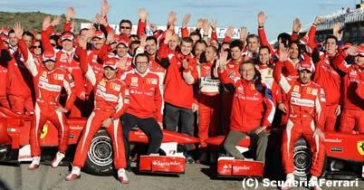 フェラーリ、チーム首脳解雇の報道を否定 thumbnail