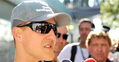 ミハエル・シューマッハ、2010年のトップ50ドライバー入りを逃す thumbnail