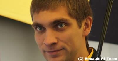 ロータス・ルノーGP、2011年ドライバーラインアップが確定 thumbnail